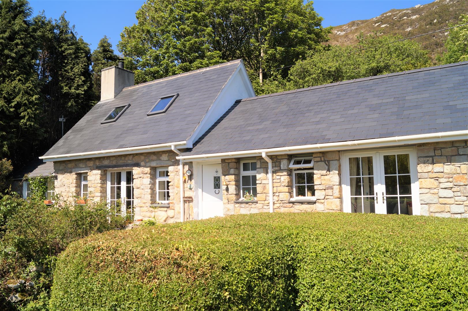 Quarry Road, Llanbedrog - £675,000/Offers in the region of